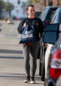 Jennifer Love Hewitt walks to her car after chatting with a friend outside her gym in Studio City, Los Angeles
