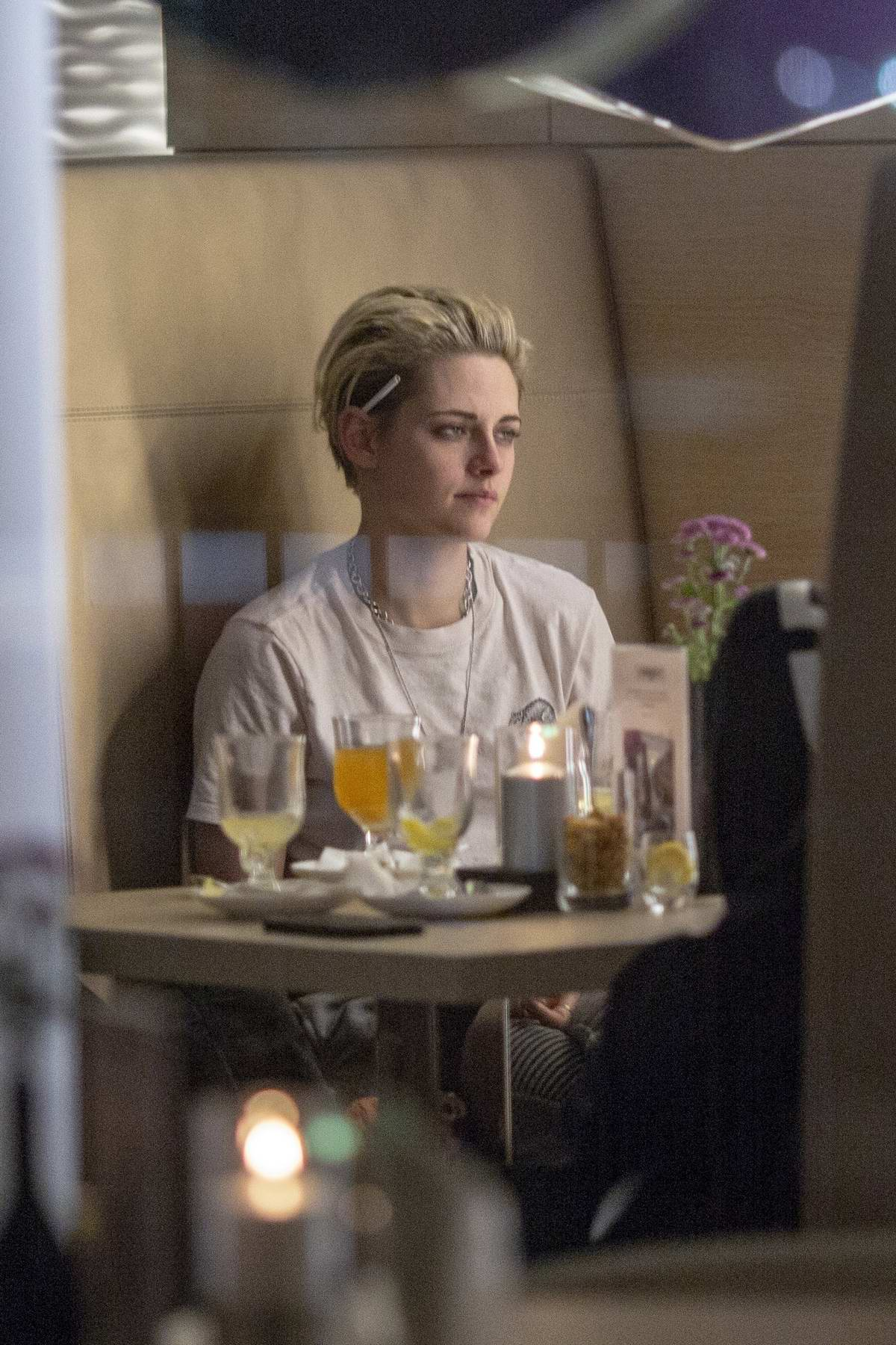 Kristen Stewart spotted at the Westin's Bridge bar in Hamburg, Germany