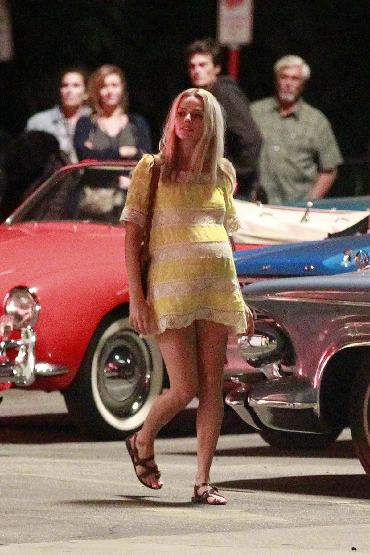 Margot Robbie seen with a baby bump as she portrays Sharon Tate while filming 'Once Upon A Time In Hollywood' in Los Angeles