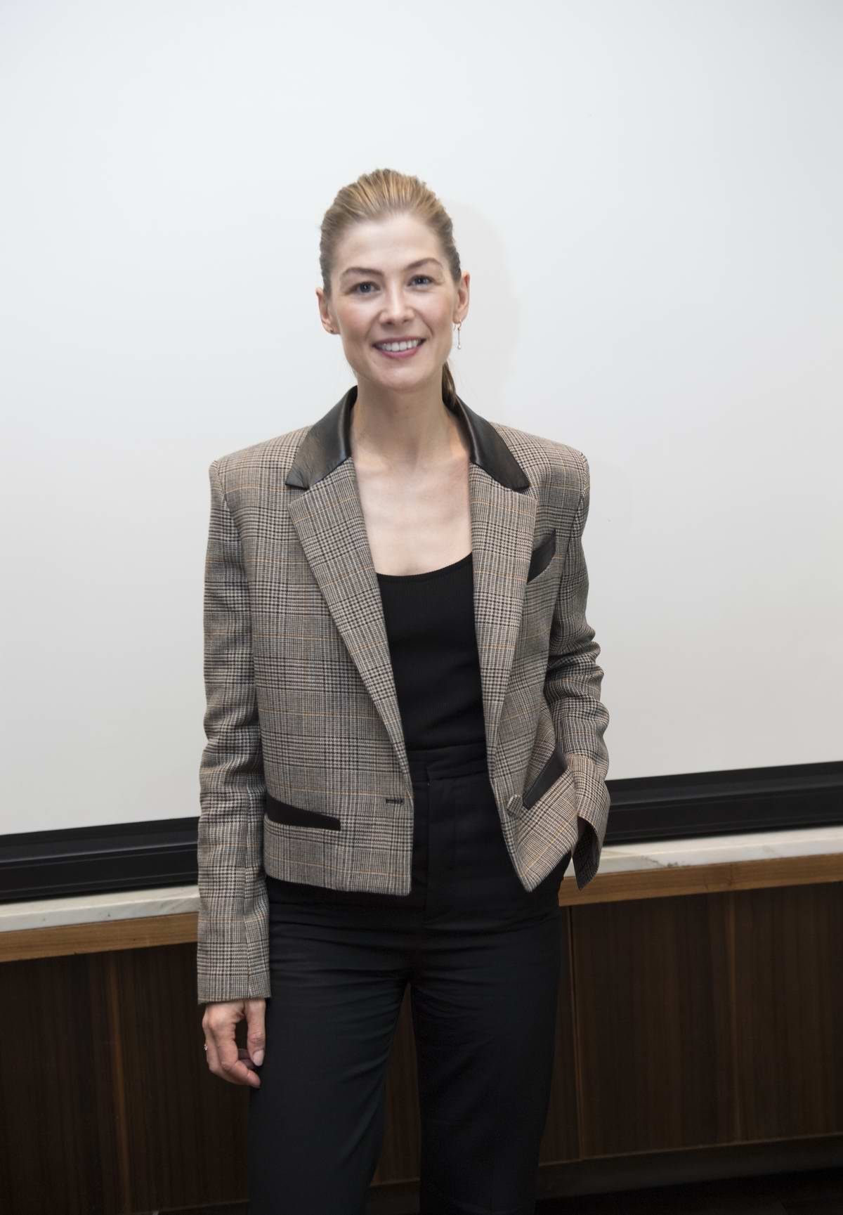 Rosamund Pike at the 'A Private War' Press Conference at the Four Seasons Hotel in Beverly Hills, Los Angeles