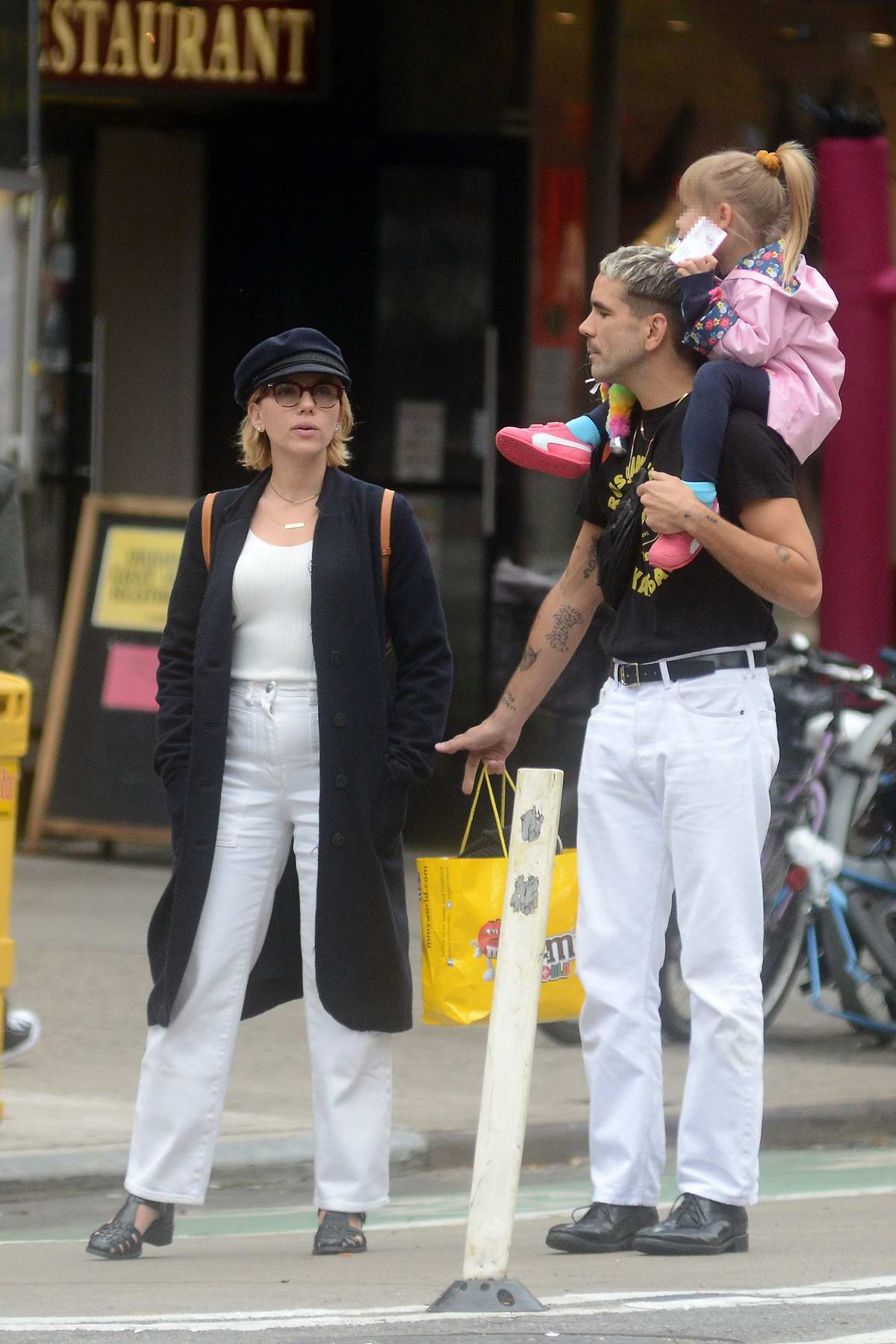 Scarlett Johansson And Romain Dauriac Spotted Together While Out For Lunch With Their Daughter At Veselka
