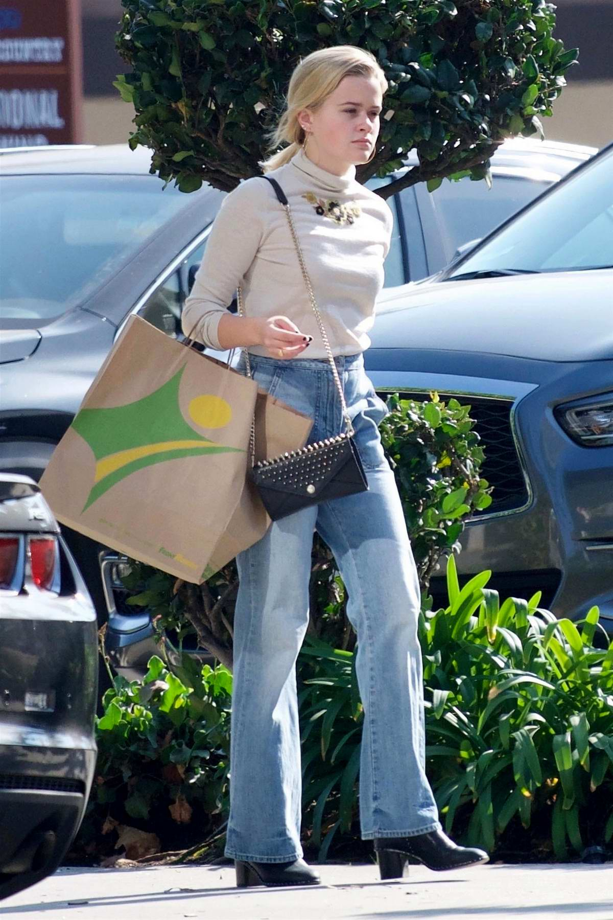 Ava Phillippe steps out solo for some shopping in Los Angeles