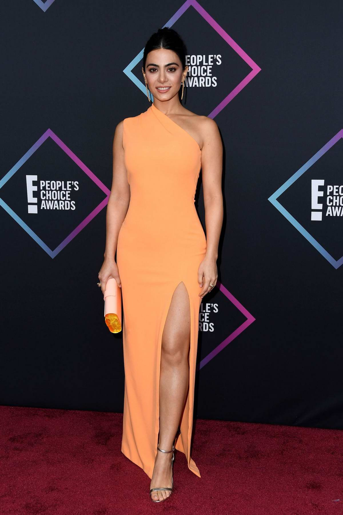 Emeraude Toubia attends People's Choice Awards 2018 at Barker Hangar in Santa Monica, California