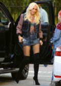 Gwen Stefani spotted as she arrives to Warner Music Group in Burbank, California