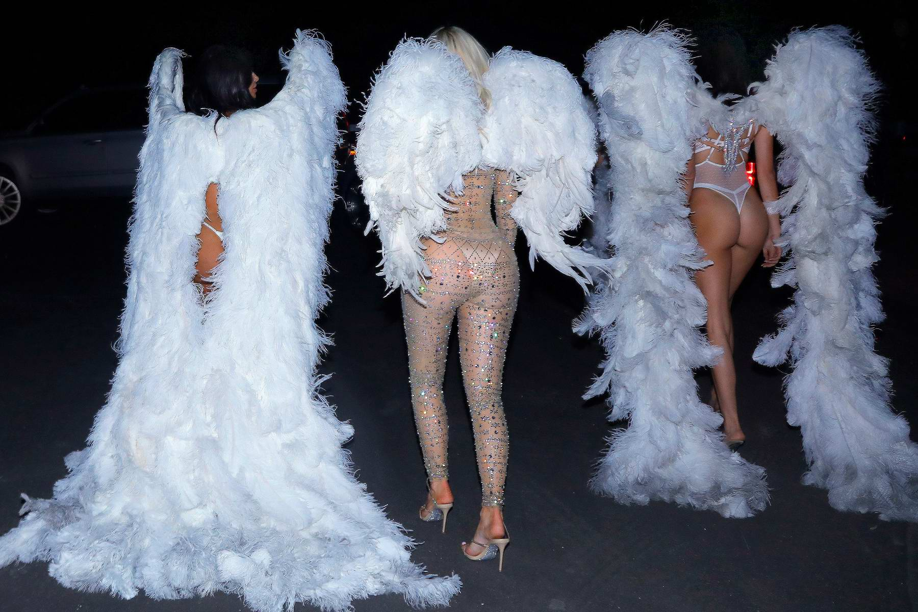 07f6dd35c29 kardashian - jenner sisters dress up as victoria a secret angels for ...