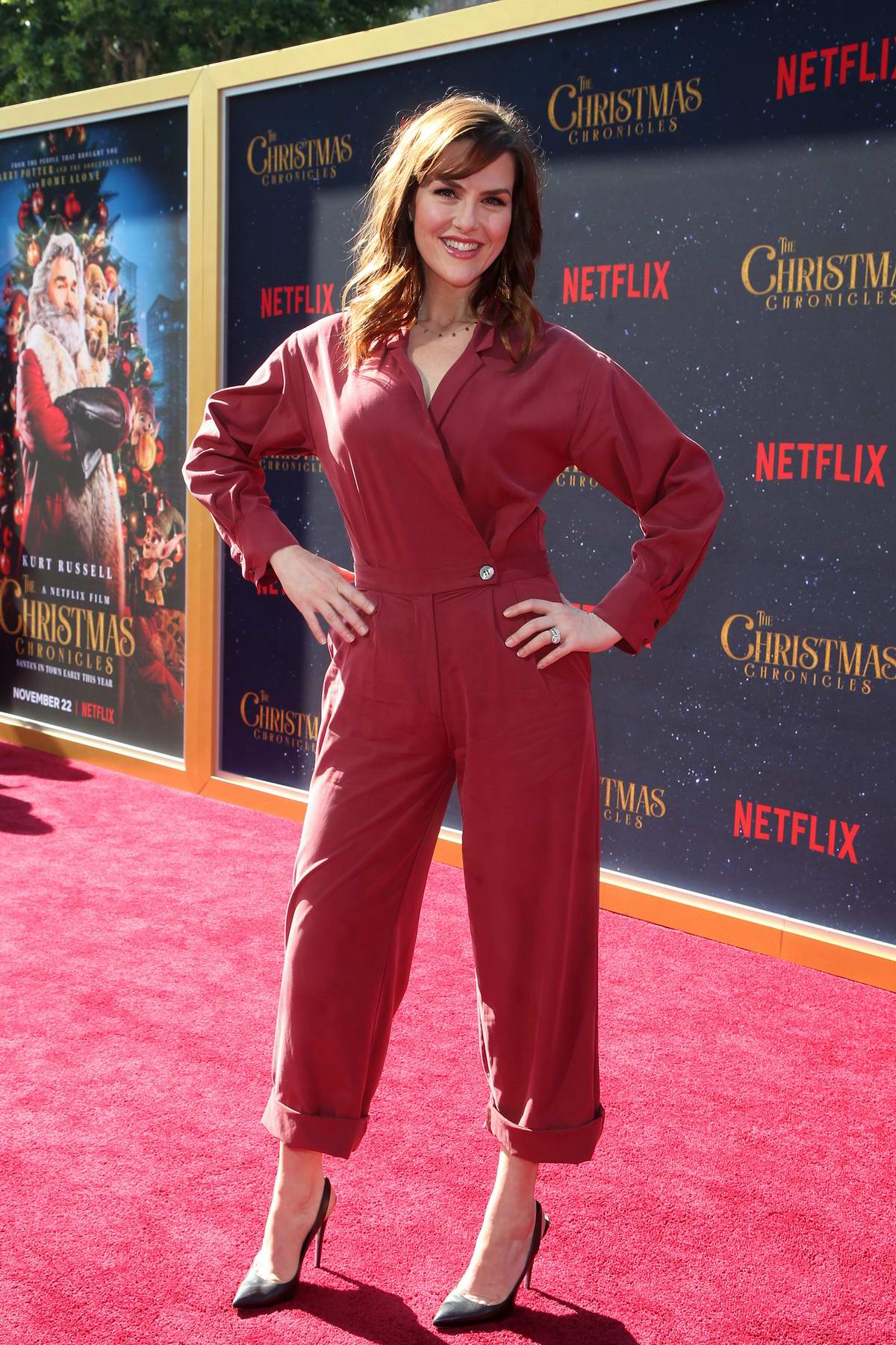Sara Rue attends 'The Christmas Chronicles' Premiere in Los Angeles