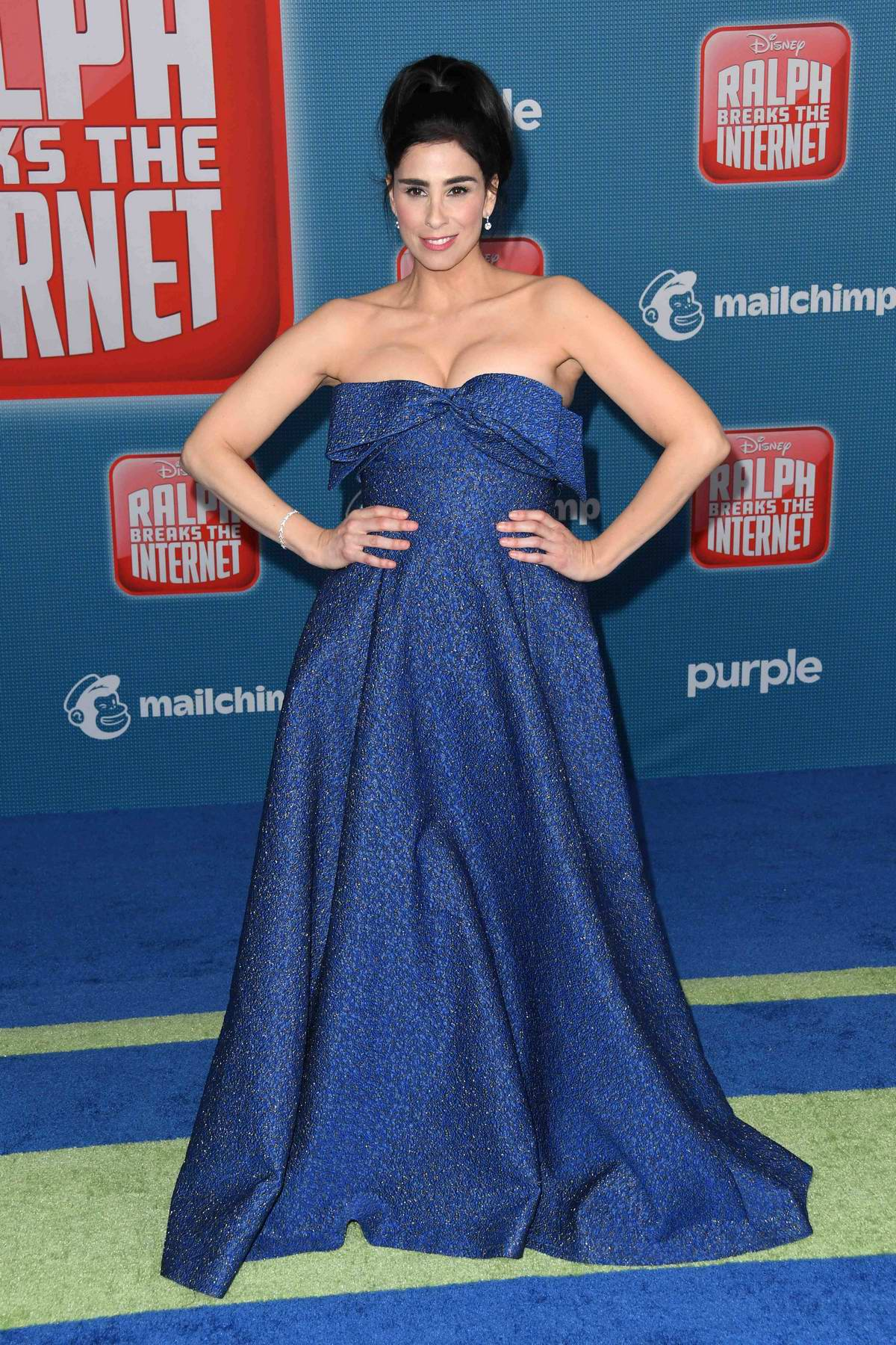 Sarah Silverman attends the premiere of 'Ralph Breaks The Internet' in Los Angeles