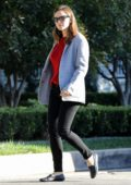 Jennifer Garner wore grey blazer and black jeans while she stops by Ex Ben Affleck's house in Los Angeles