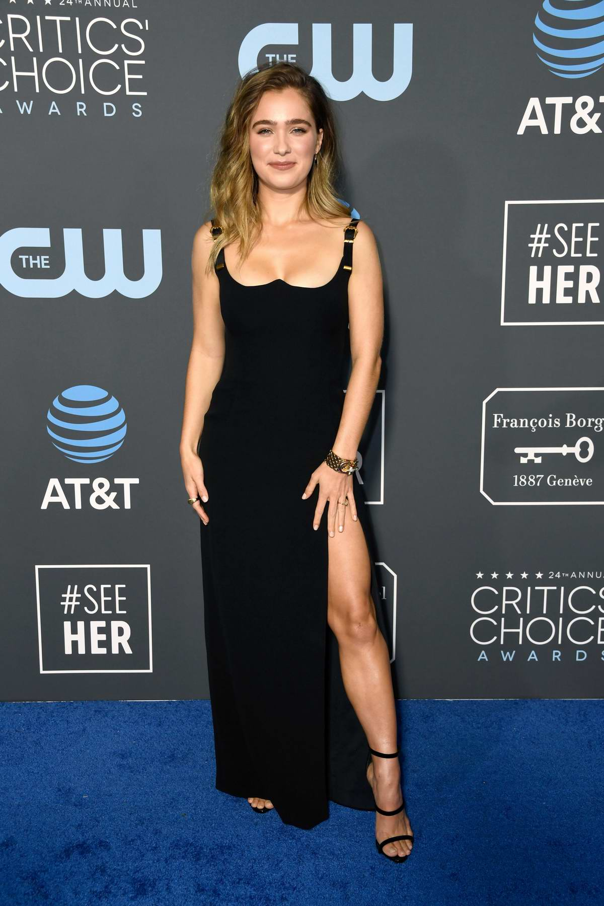 Haley Lu Richardson attends the 24th Annual Critics' Choice Awards at Barker Hangar in Santa Monica, California