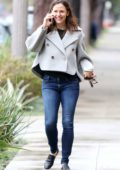 Jennifer Garner cannot stop smiling while chatting on her phone while out in Los Angeles
