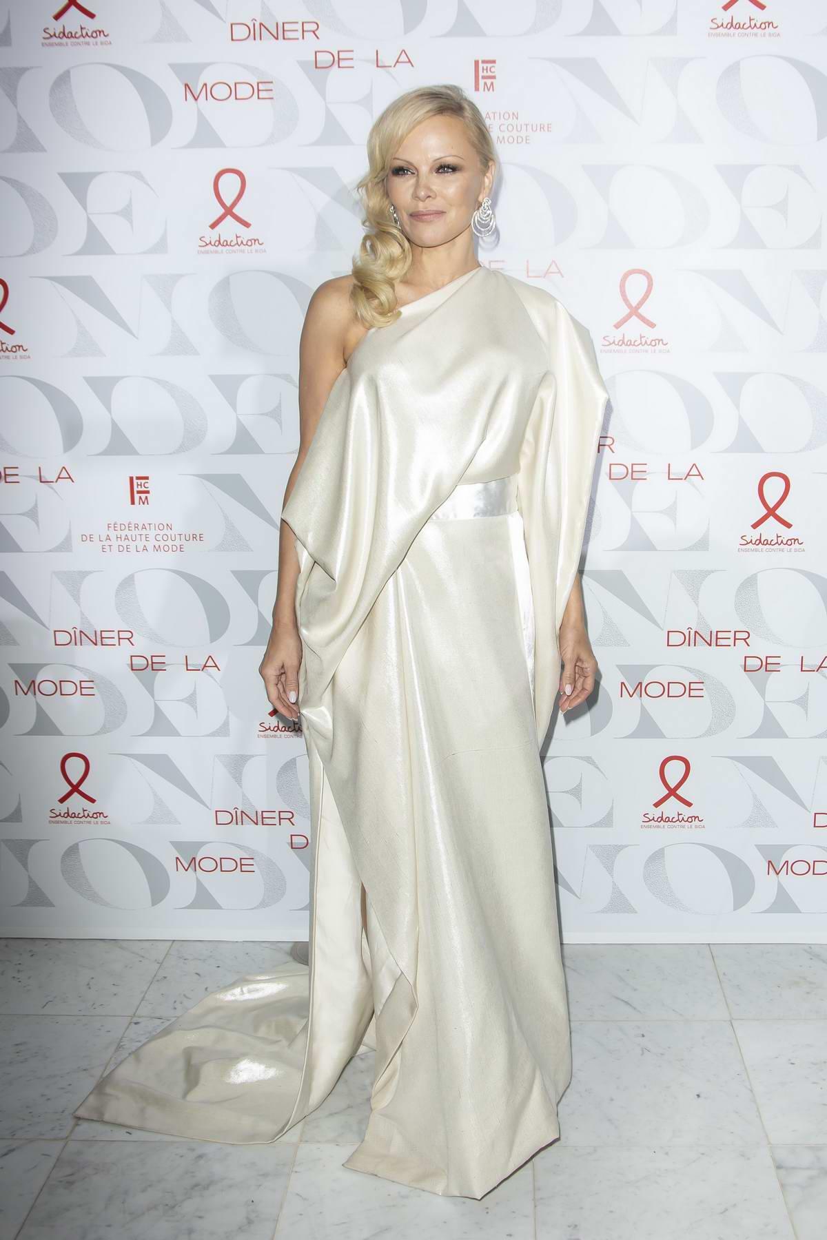 Pamela Anderson attends 17th 'Diner De La Mode' during Paris Fashion Week in Paris, France