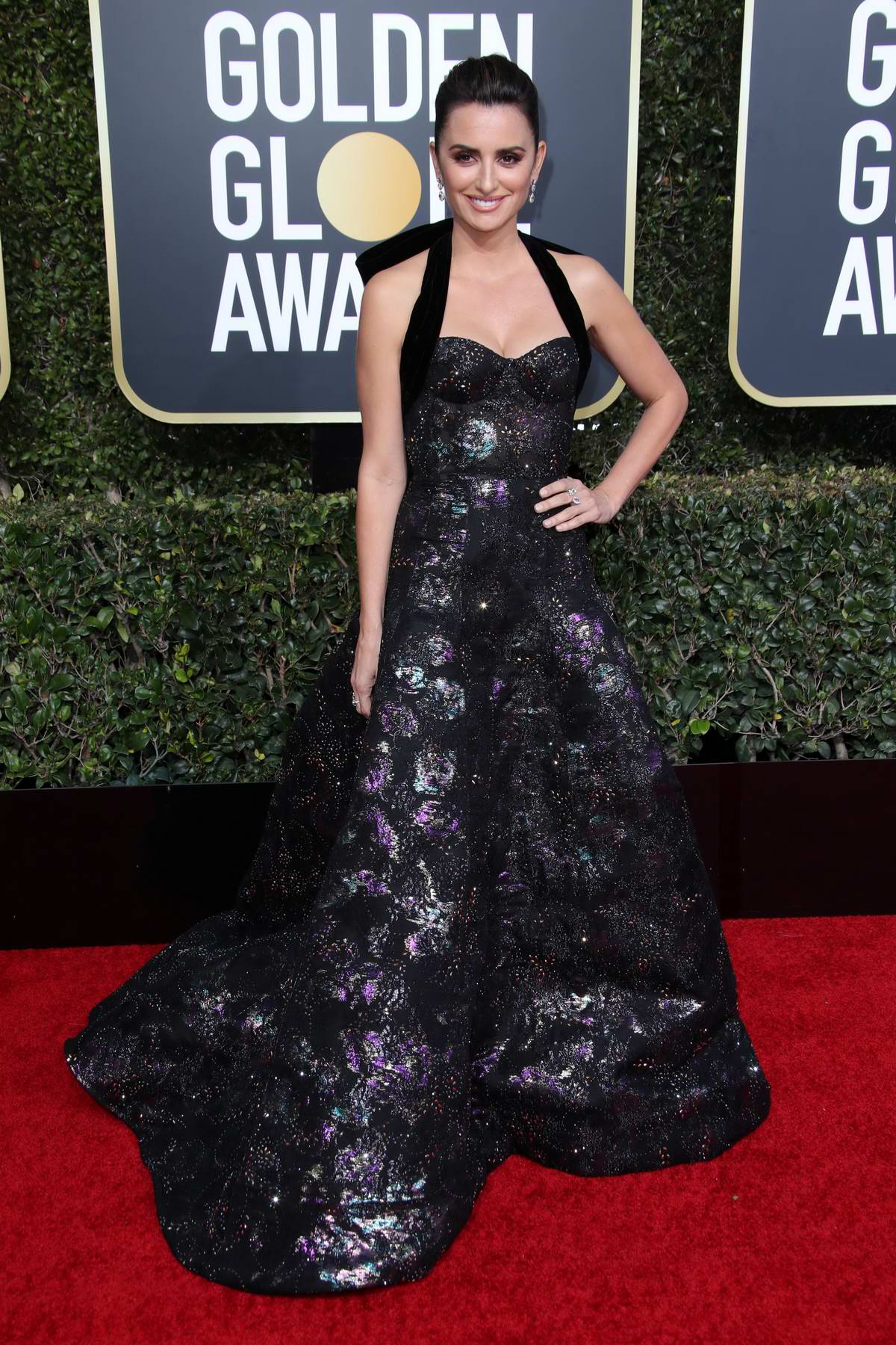 Penelope Cruz attends the 76th Annual Golden Globe Awards held at The Beverly Hilton Hotel in Los Angeles, California