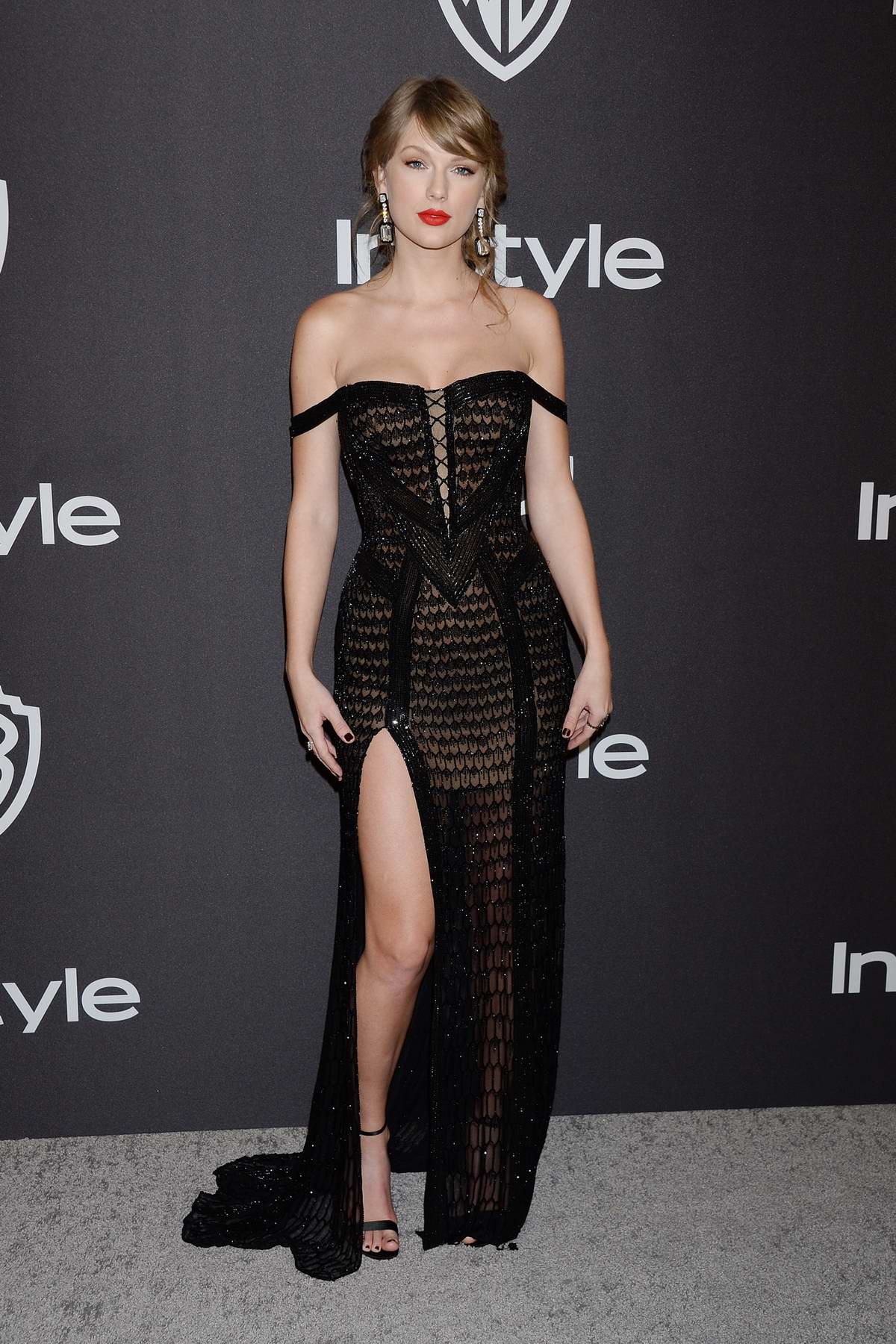 Taylor Swift attends InStyle and Warner Bros Golden Globe After Party 2019 at Beverly Hilton Hotel in Beverly Hills, California