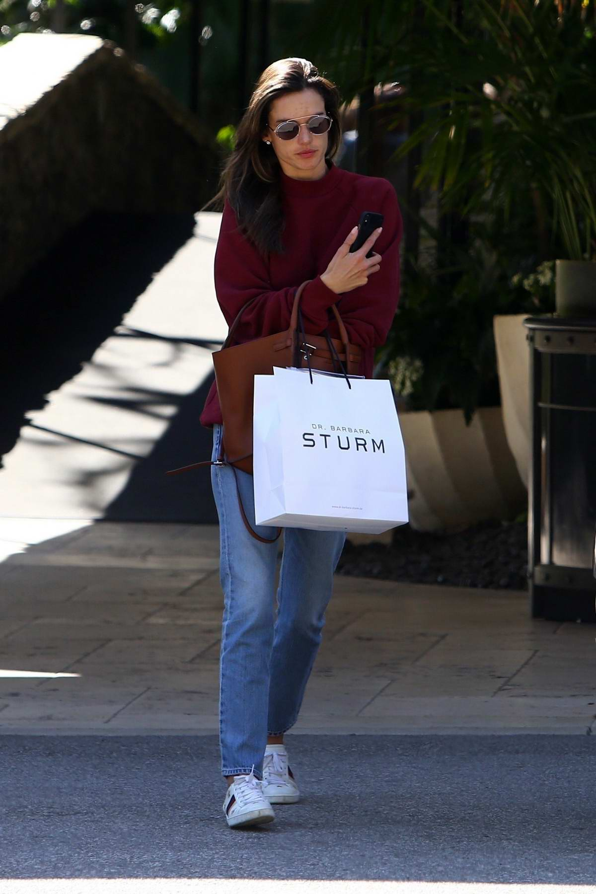 Alessandra Ambrosio keeps it casual while visiting Dr. Barbara Sturm for some skin care in Los Angeles