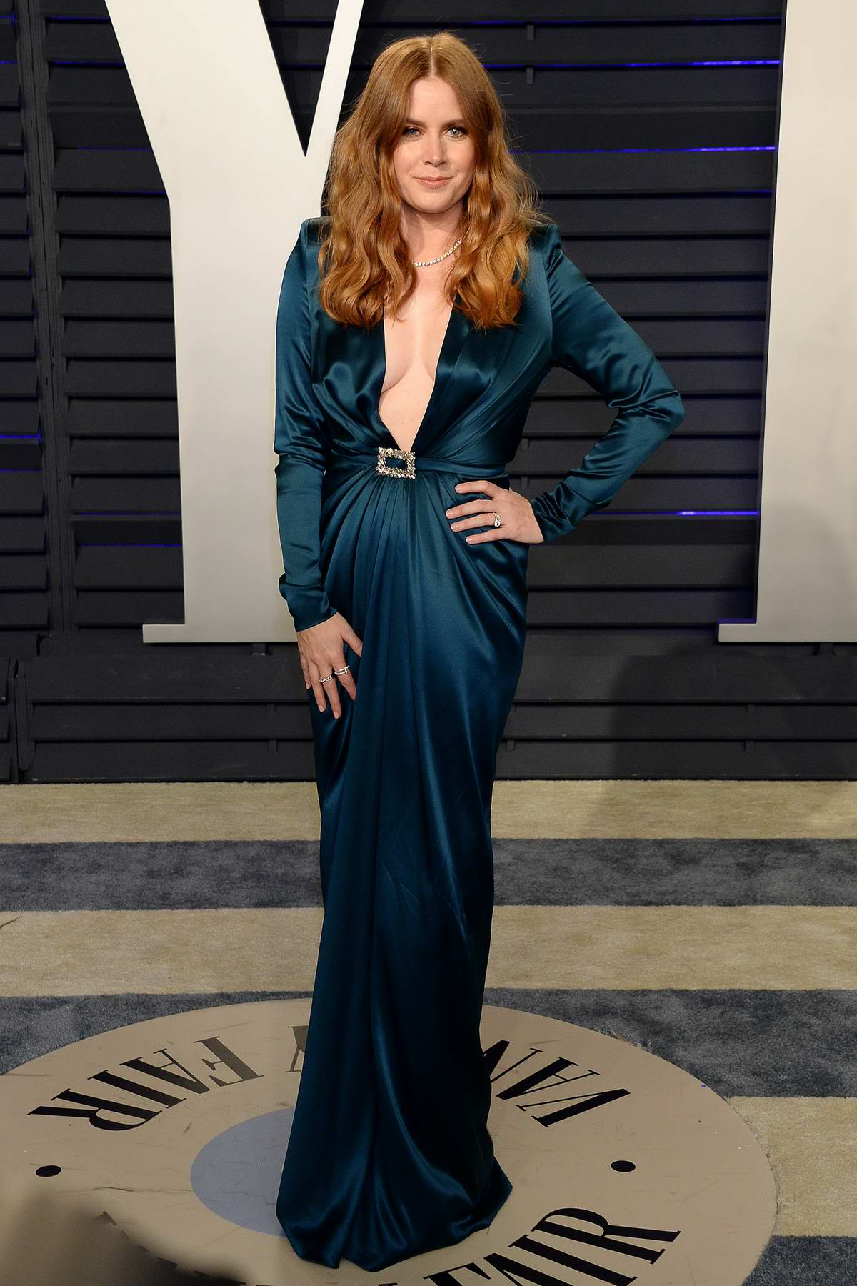 Amy Adams attends the Vanity Fair Oscar Party at Wallis Annenberg Center for the Performing Arts in Beverly Hills, California