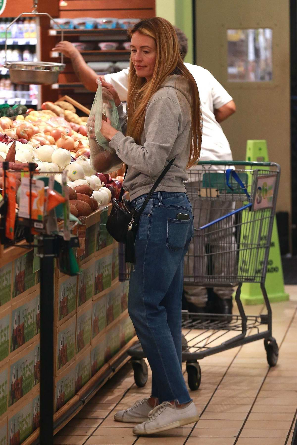 Cat Deeley picks up some groceries at the Whole Foods Market in Beverly Hills, Los Angeles