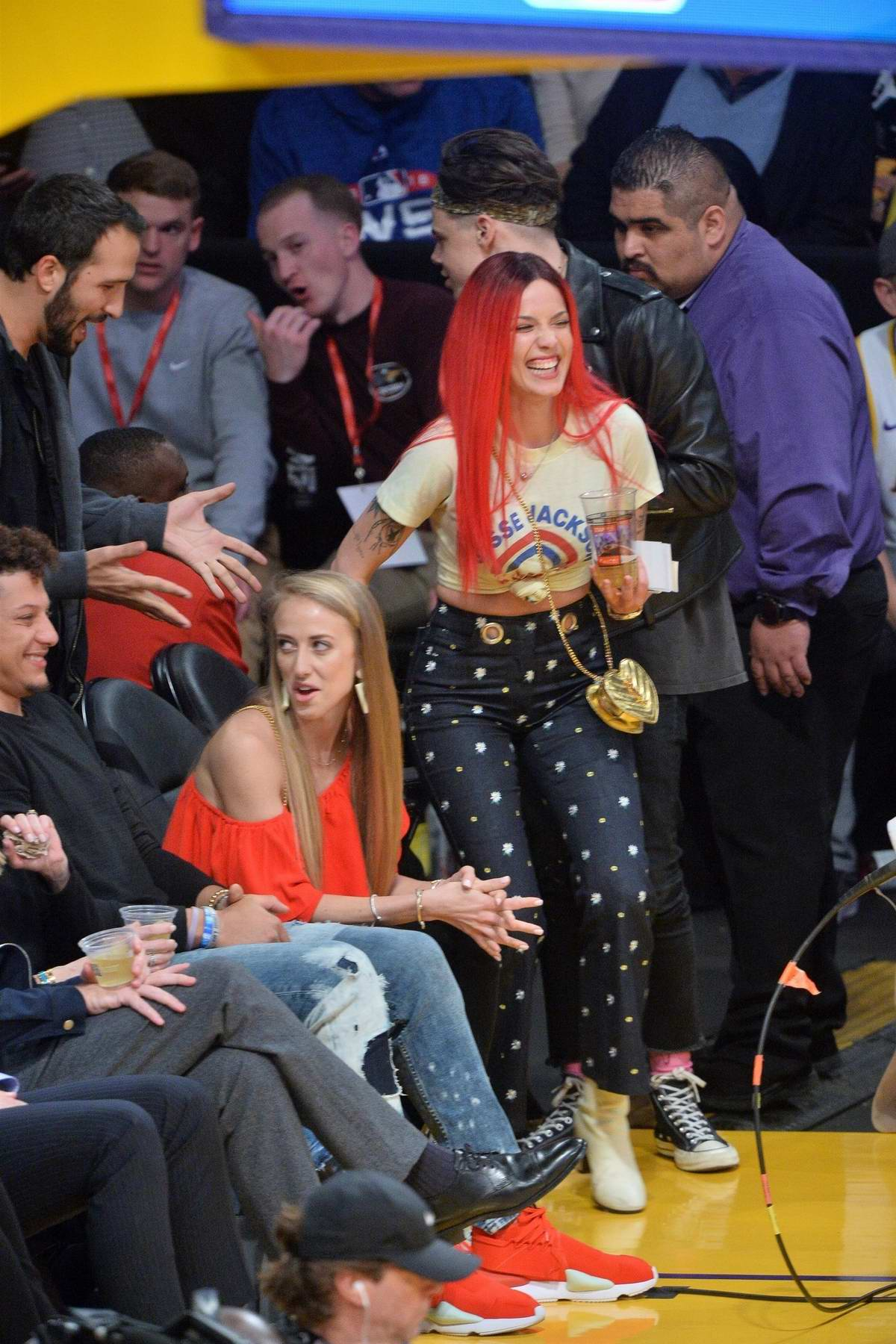 Halsey and Yungblud enjoy the Lakers game at Staples Center in Los Angeles