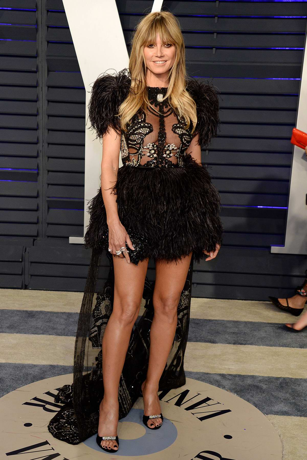 Heidi Klum attends the Vanity Fair Oscar Party at Wallis Annenberg Center for the Performing Arts in Beverly Hills, California