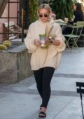 Hilary Duff stops for a healthy snack at Alfred's tea room on Melrose Place in West Hollywood, Los Angeles