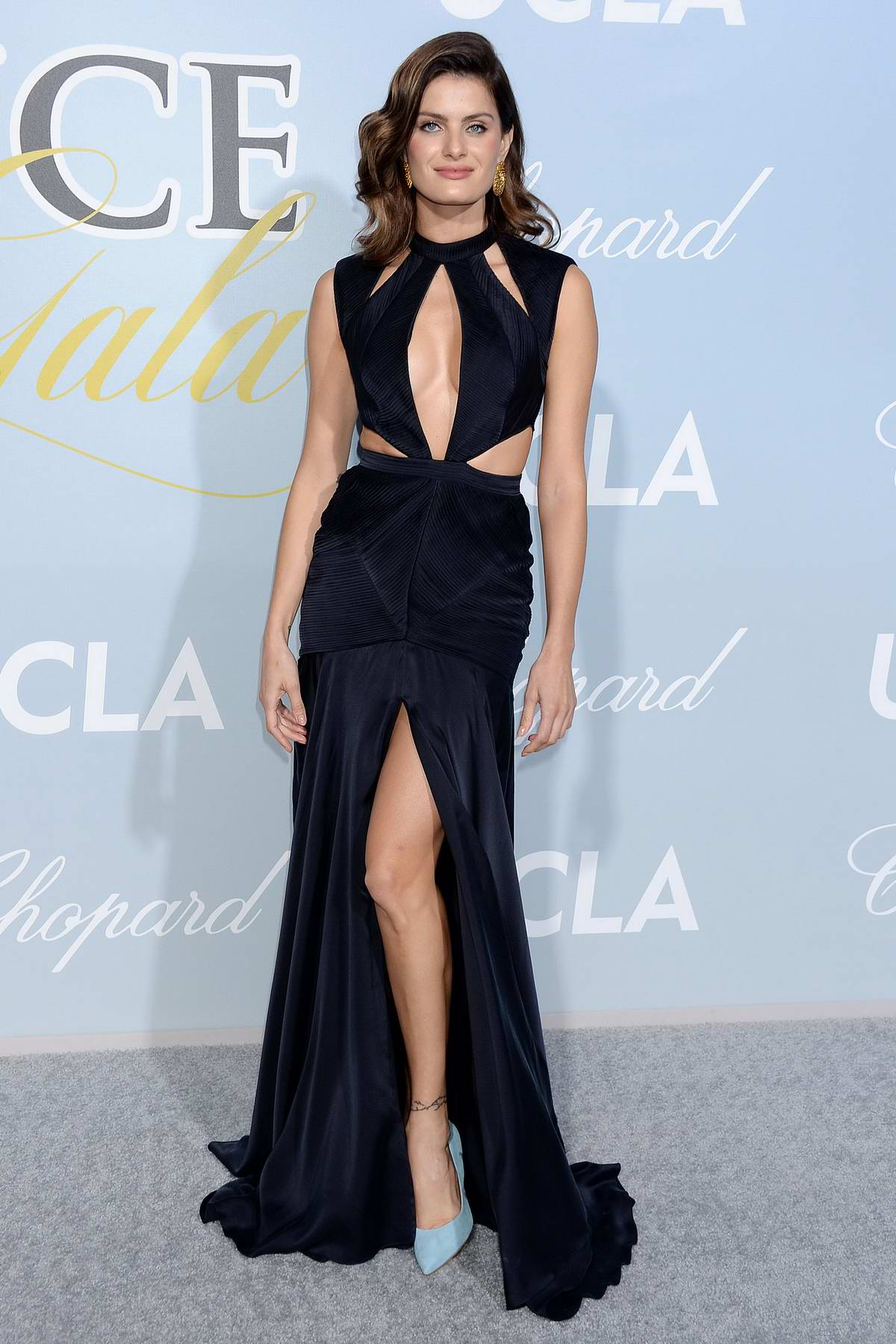 Isabeli Fontana attends the Hollywood for Science Gala in Los Angeles