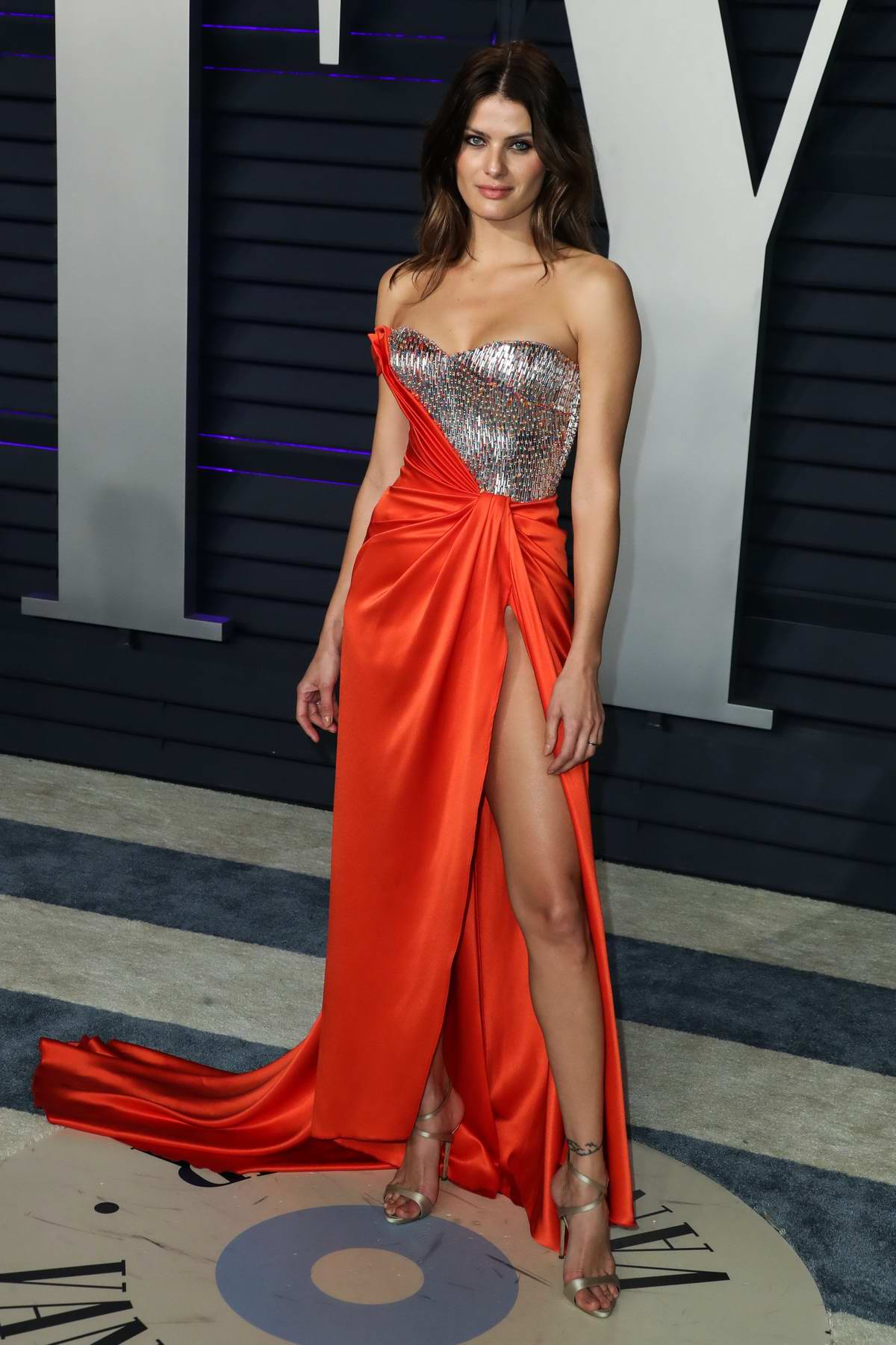 Isabeli Fontana Attends The Vanity Fair Oscar Party At
