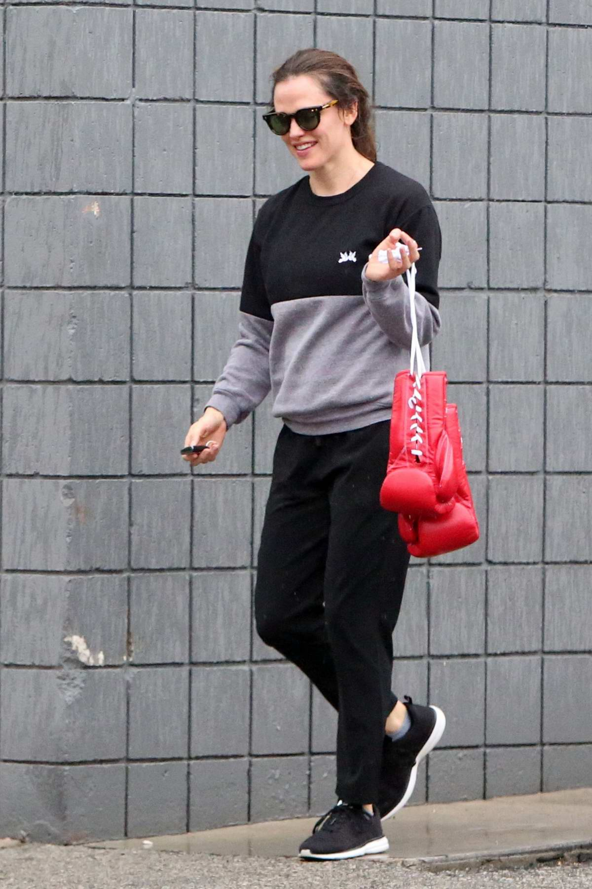 Jennifer Garner seen leaving after her boxing class at the Churchill Boxing Club in Santa Monica, California