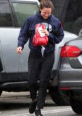 Jennifer Garner steps out in the rain for her boxing class in Santa Monica, California
