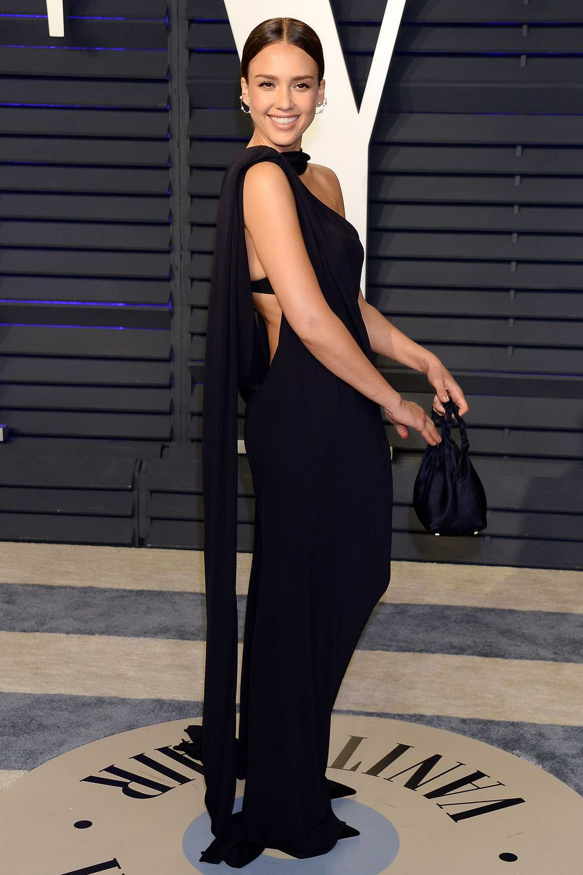 Jessica Alba attends the Vanity Fair Oscar Party at Wallis Annenberg Center for the Performing Arts in Beverly Hills, California