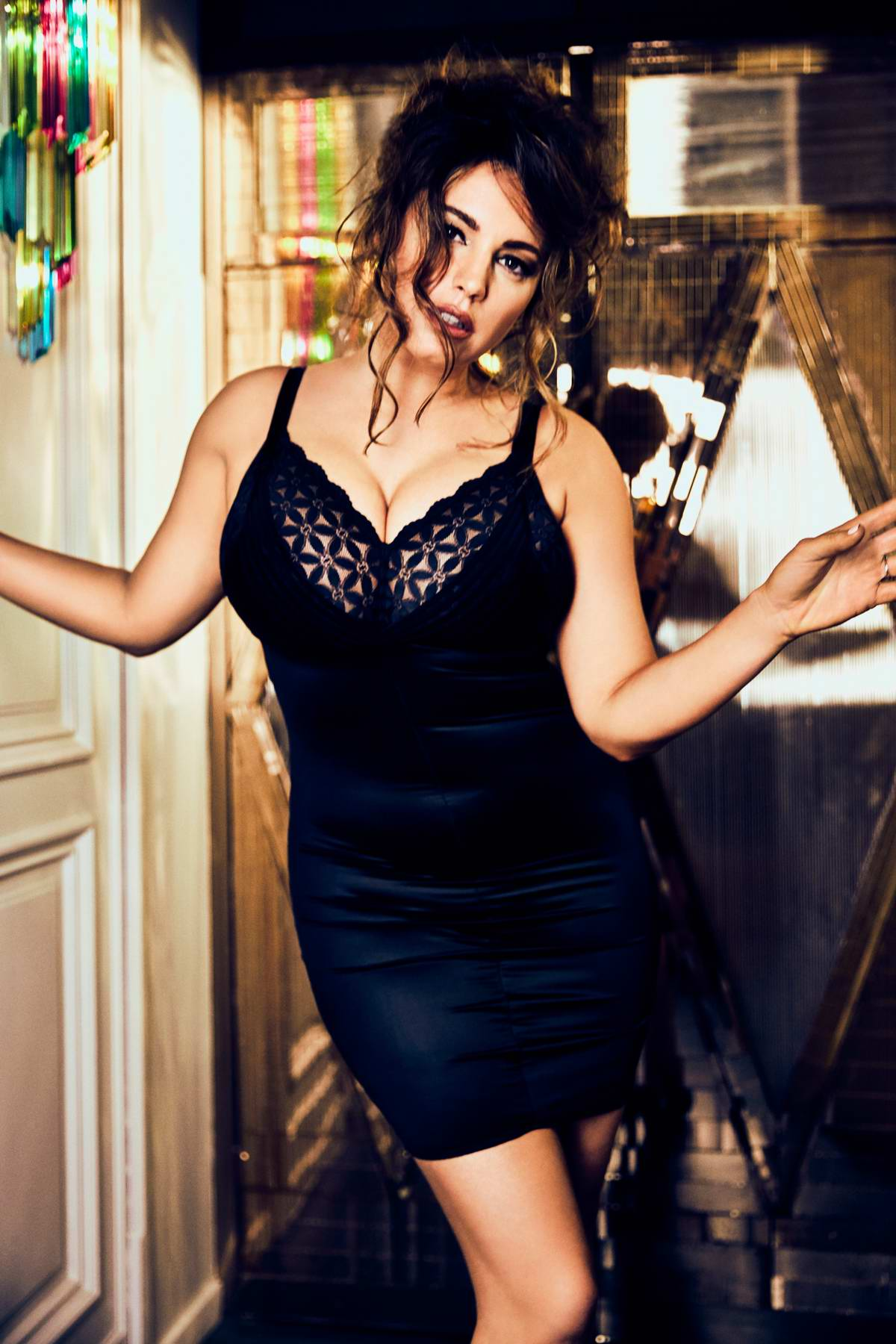 Kelly Brook photoshoot for Fabulous Magazine - February 2019