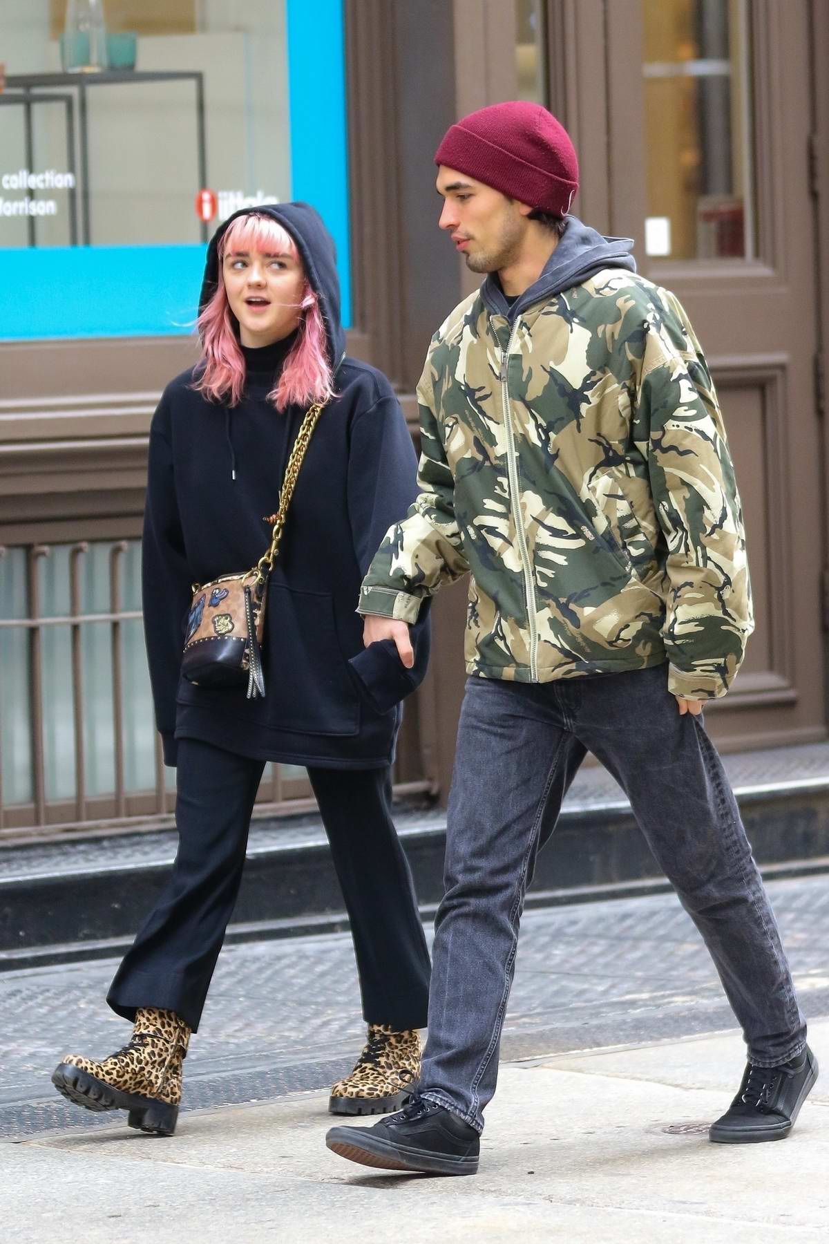 Maisie Williams steps out for some shopping with new boyfriend Reuben Selby in New York City