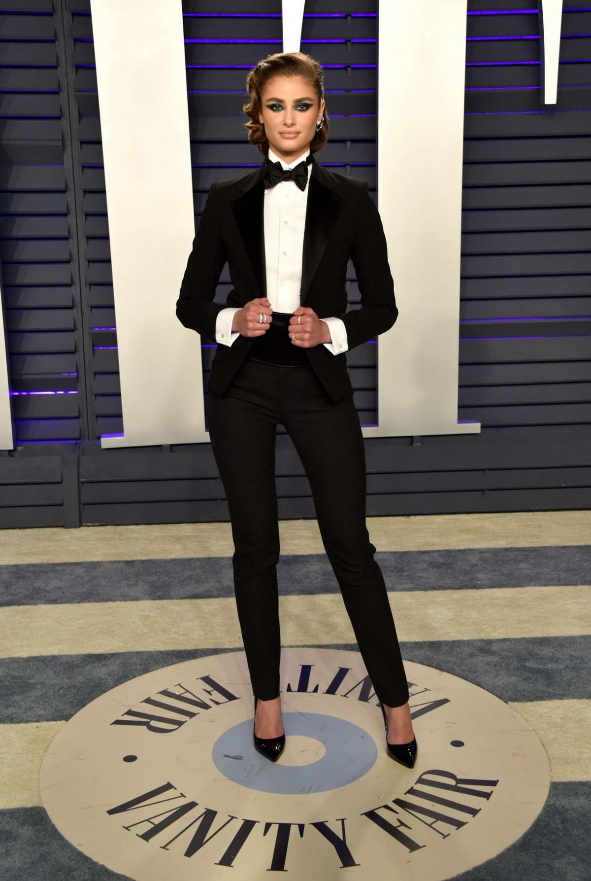 Taylor Hill attends the Vanity Fair Oscar Party at Wallis Annenberg Center for the Performing Arts in Beverly Hills, California