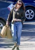 Hailee Steinfeld picks up some groceries from Pavilions Market in Malibu, California