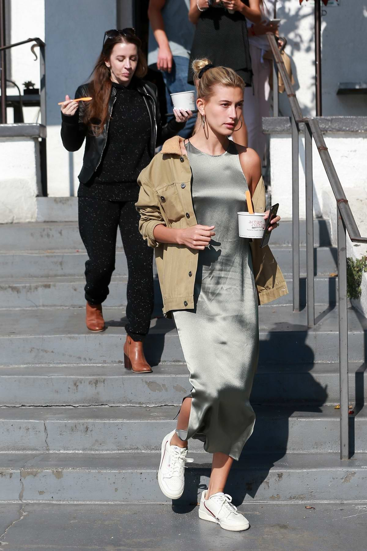 Hailey Baldwin Bieber gets frozen yogurt with mother-in-law Pattie Mallette in Laguna Beach, California