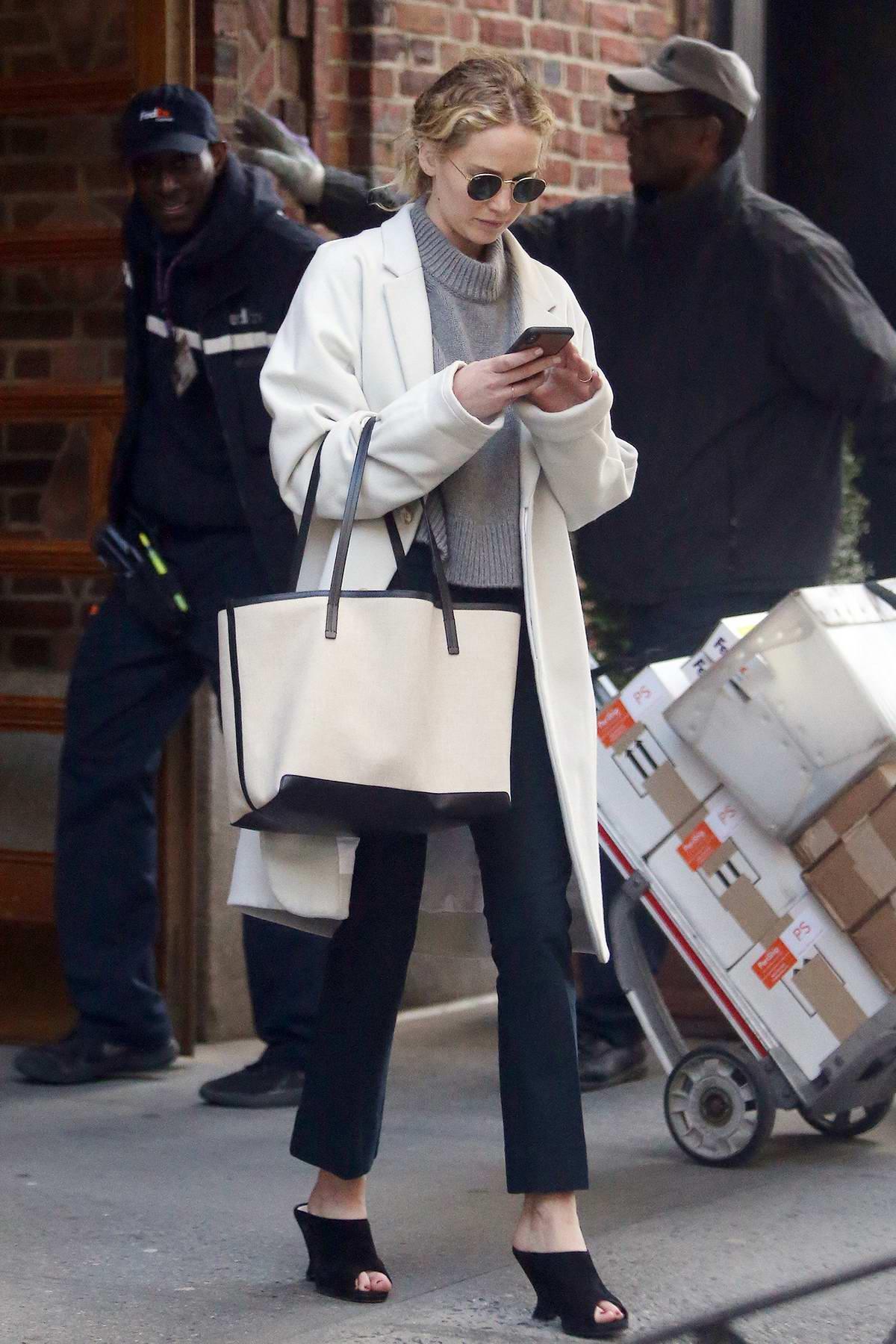 Jennifer Lawrence Agent Contact - ColemanValeria