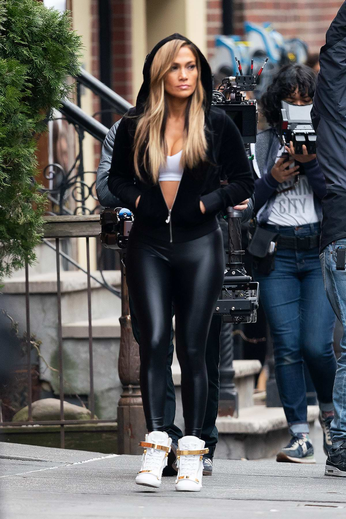 jennifer lopez spotted in a black hoodie and black ...