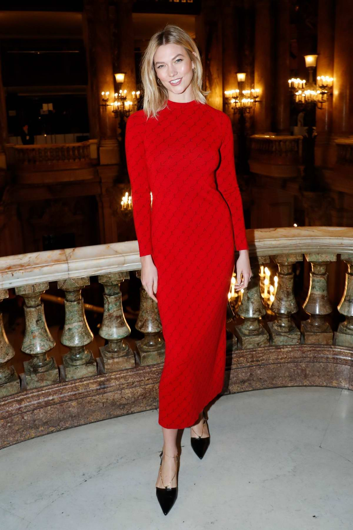 efeaeaee48180 Karlie Kloss attends the Stella McCartney show during Paris Fashion Week  Womenswear F/W 2019/20 in Paris, France