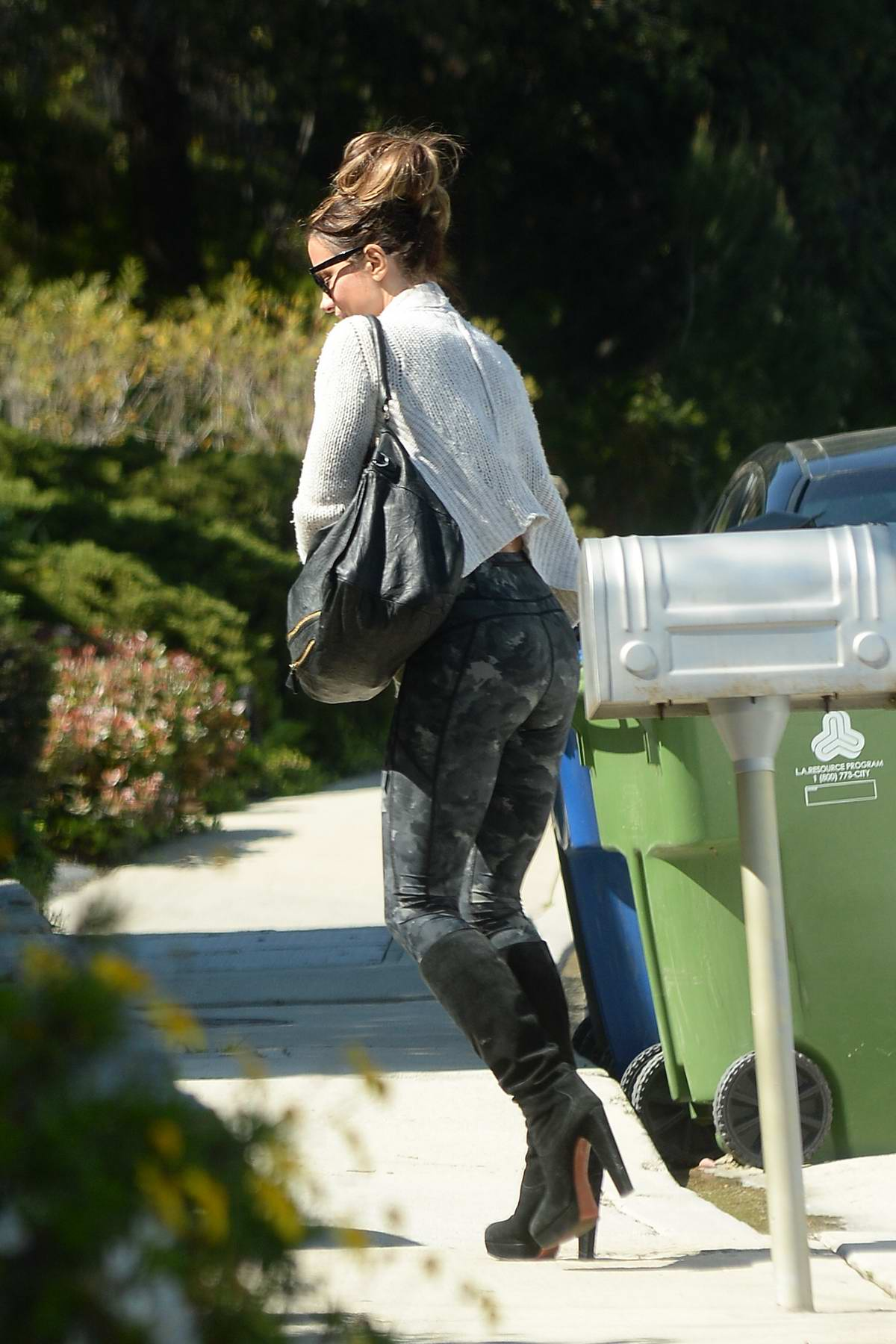 Kate Beckinsale rocks camo leggings as she steps out after a workout session in Los Angeles