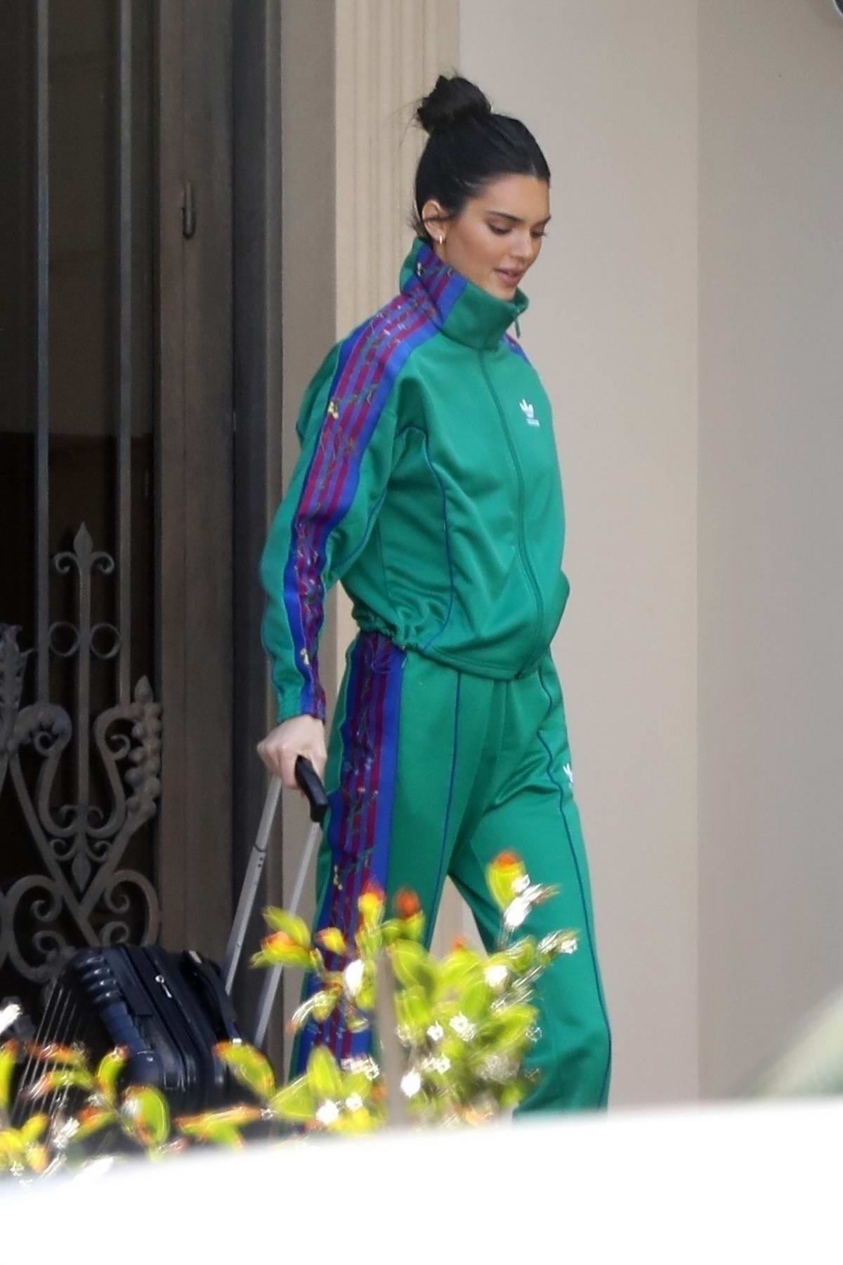 shades of new style los angeles kendall jenner spotted in a green and purple tracksuit ...