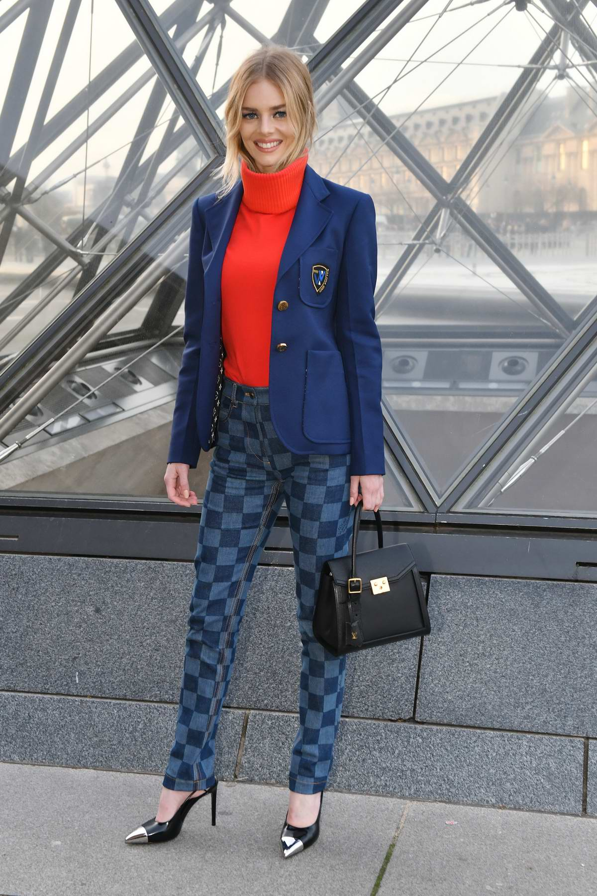Samara Weaving attends the Louis Vuitton show during Paris Fashion Week F/W 2019/20 in Paris, France