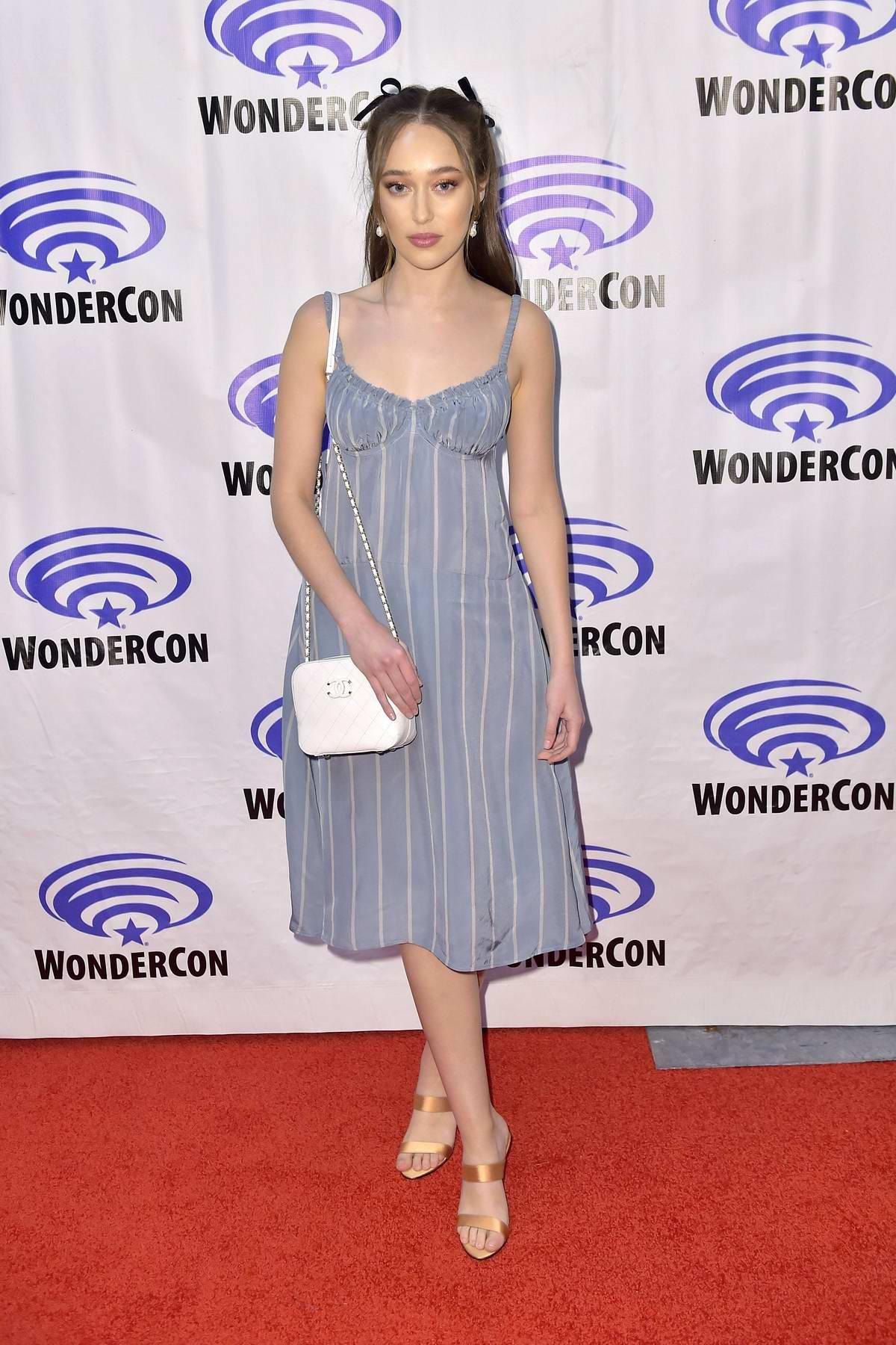 Alycia Debnam-Carey attends 'Fear The Walking Dead' Panel at WonderCon 2019 in Anaheim, California