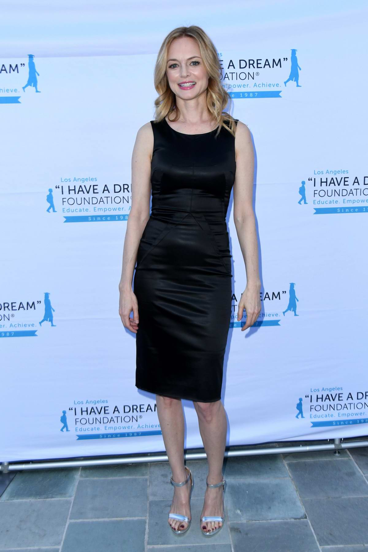 Heather Graham attends the 6th Annual 'I Have A Dream' Foundation Dreamer Dinner Benefit in Los Angeles