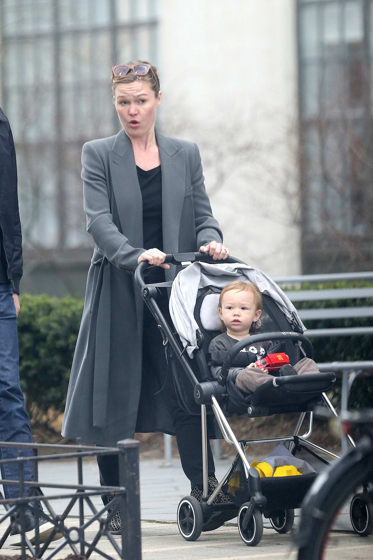 Julia Stiles Takes Her Son For A Stroll With A Friend In