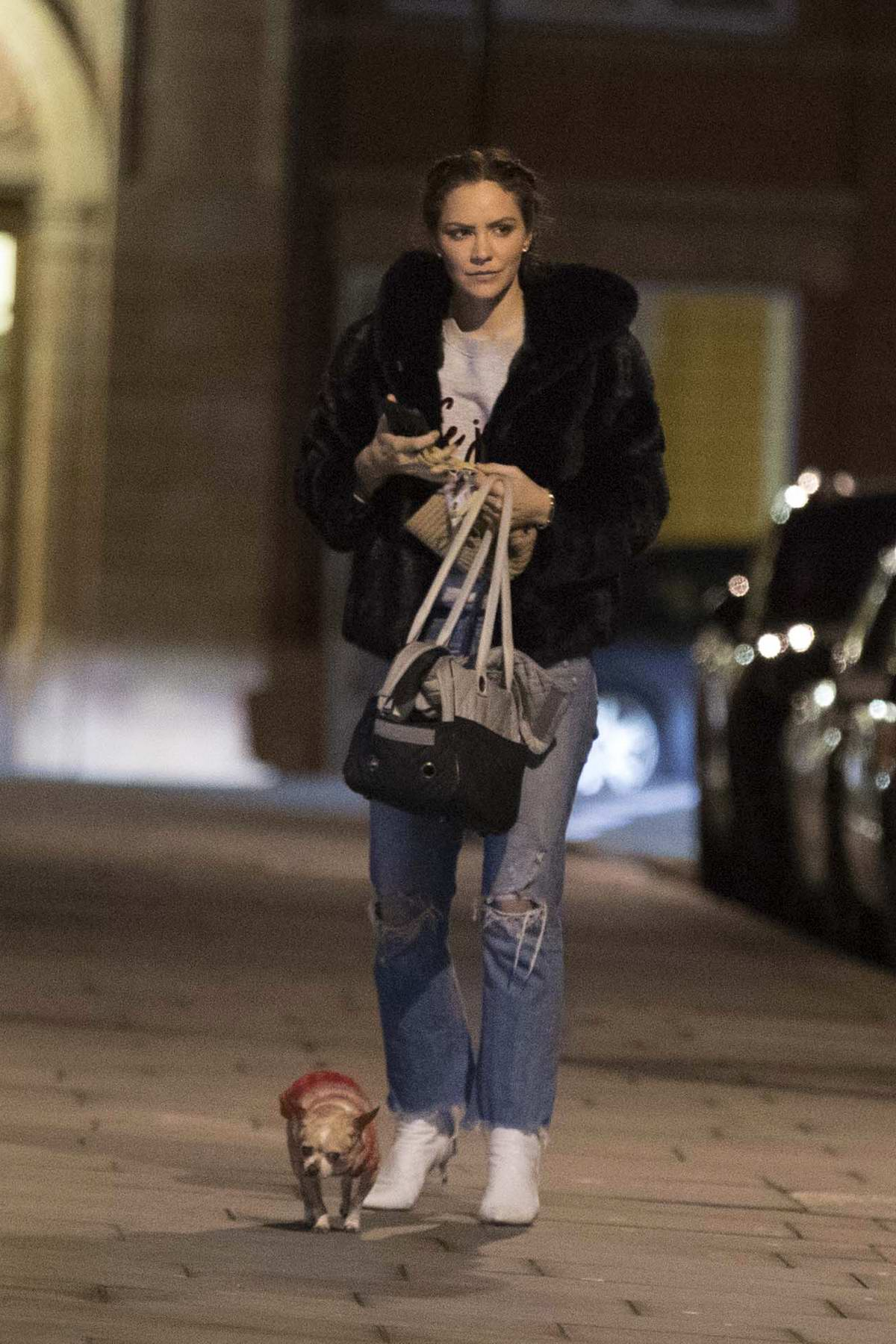 Katharine McPhee steps out to walk her dog in London, UK