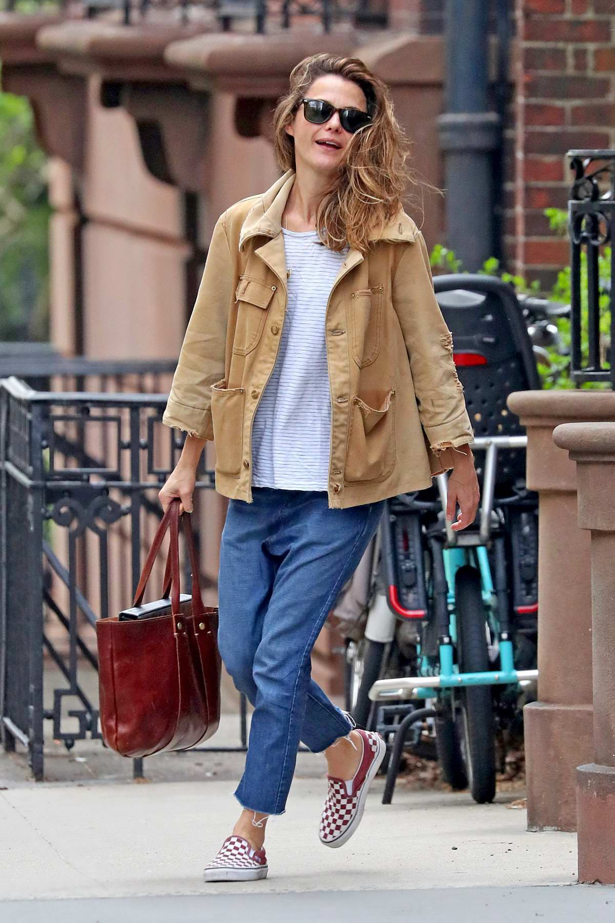 Keri Russell shared a hug with Matthew Rhys before heading out in New York City