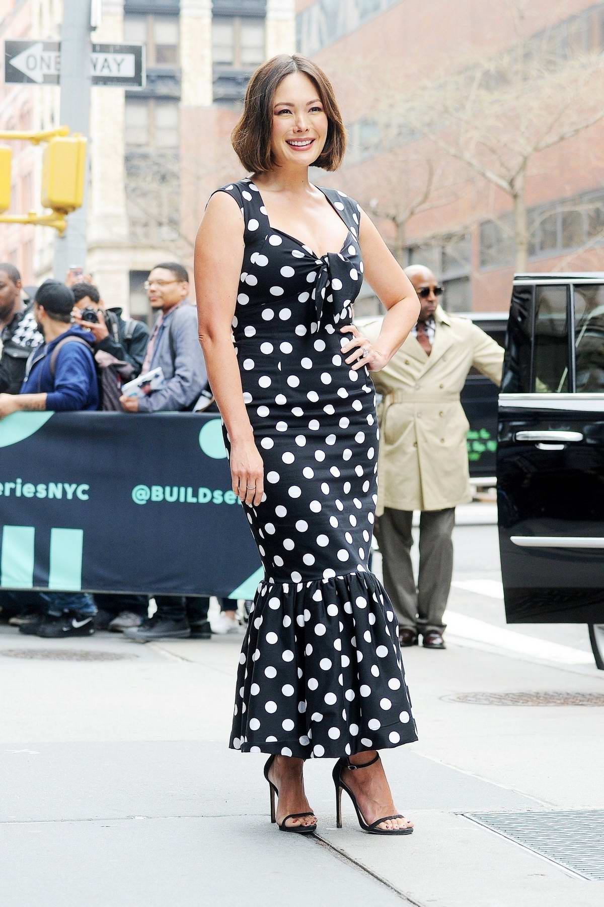 Lindsay Price wears black and white polka dots as she promotes 'Splitting Up Together' at AOL Build series in New York City