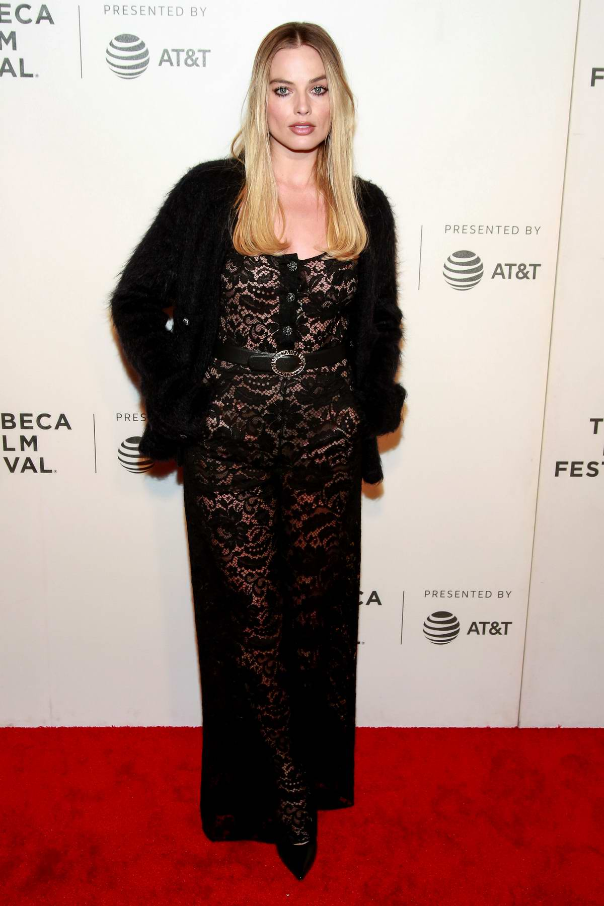 Margot Robbie attends 'Dreamland' premiere at the 2019 Tribeca Film Festival in New York City