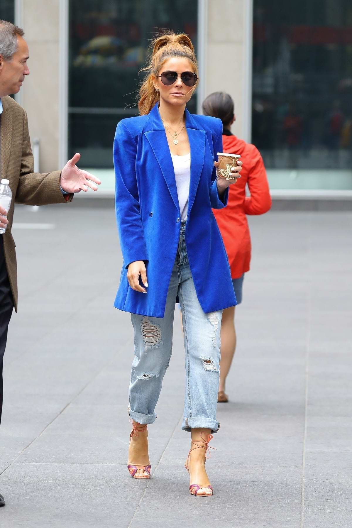 Maria Menounos stands out in a bright blue blazer while out for coffee in New York City
