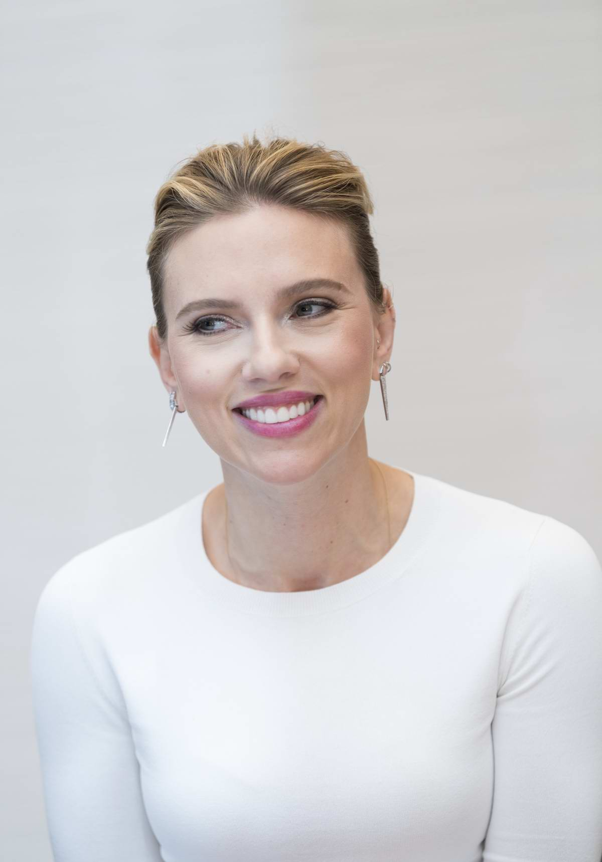 Scarlett Johansson attends 'Avengers: Endgame' Press Conference in Los Angeles