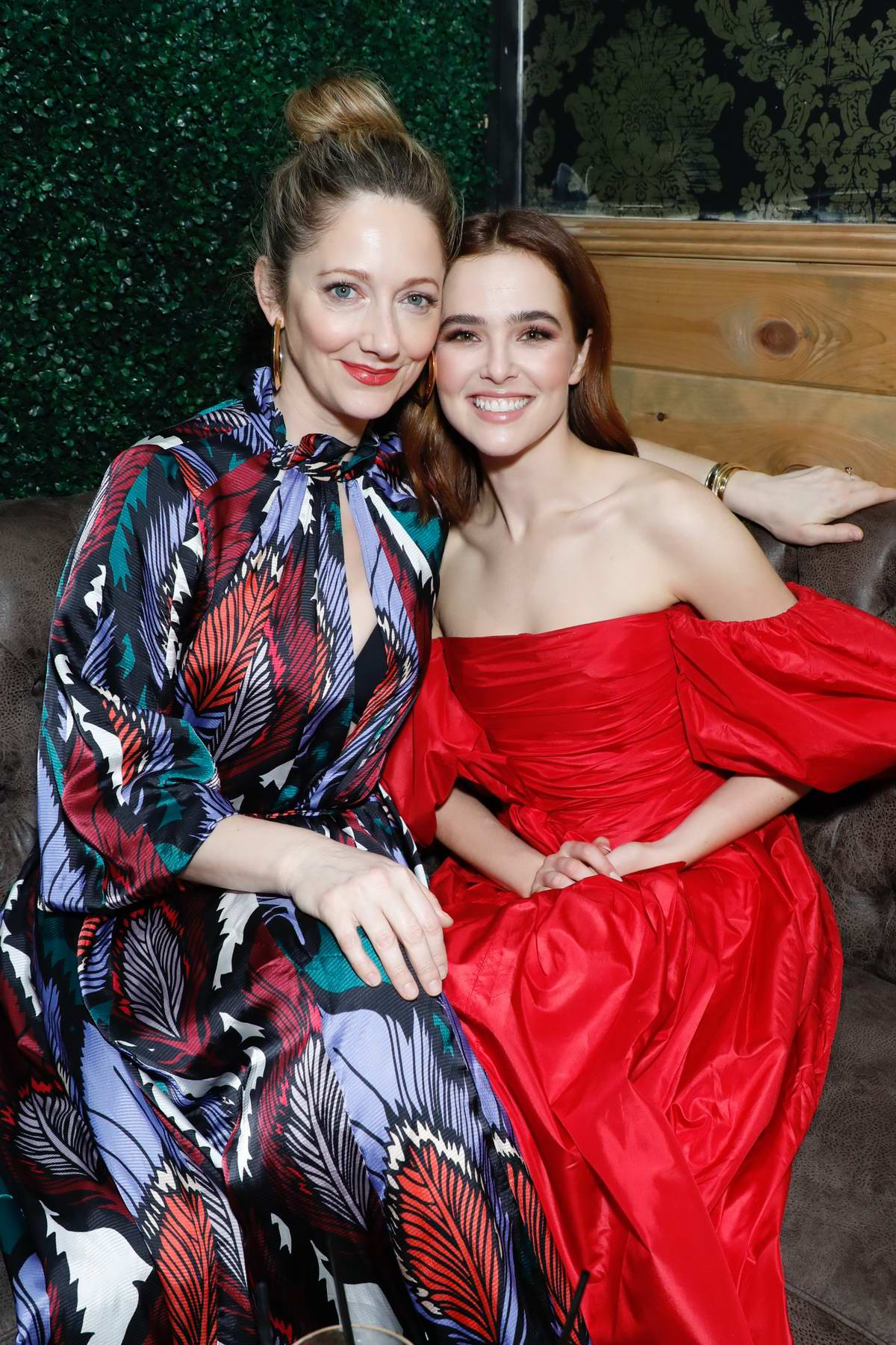zoey deutch and judy greer attend 'buffaloed' premiere ...