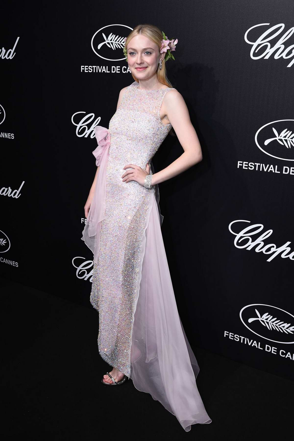 Dakota Fanning attends the official Trophee Chopard Dinner Photocall during the 72nd annual Cannes Film Festival in Cannes, France